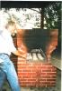 Erster gebauter Steinbackofen 1996 mit Grillecke den Richard eingeweiht hat.jpg